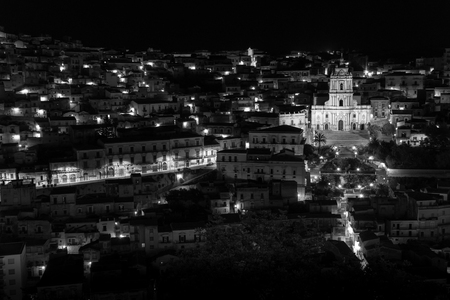 b w: Modica night view b w