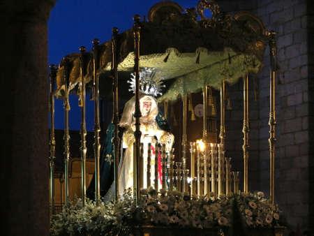 procession: Pascua semana madonna en la procesi�n Foto de archivo