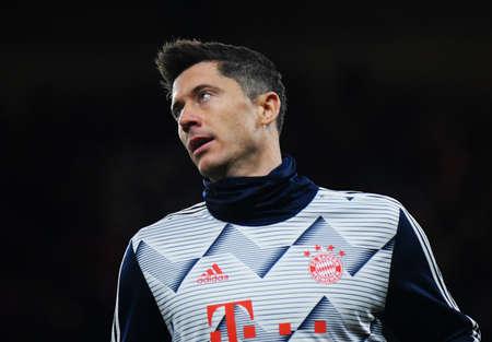 LONDON, ENGLAND - FEBRUARY 26, 2020: Robert Lewandowski of Bayern ured during the 2019/20 UEFA Champions League Round of 16 game between Chelsea FC and Bayern Munich at Stamford Bridge.