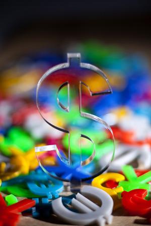 libra esterlina: American Dollar on hundreds colorful economy icons
