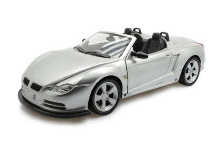 shiny car: geïsoleerde toy cabrio sport wagen op wit