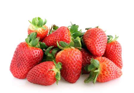 frutillas: fresas aislados en blanco
