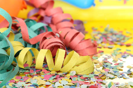 party balloons: party streamers and confetti