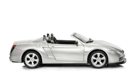 Cabrio Spielzeugauto auf weißem