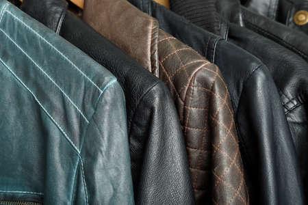 様々 なレザー ジャケットのクローズ アップ 写真素材