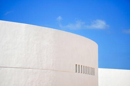 Old white wall in Progresso - Mexico Stock Photo - 13932074
