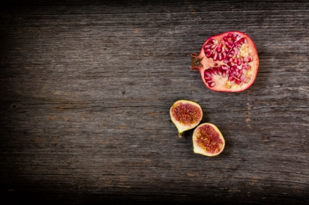 purple fig: Pomegranate and fig Stock Photo