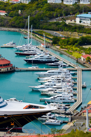 pontoon: Pontoon berthing with yachts in natural light