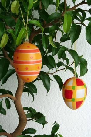 eastertime: 2 hanging decorative eggs