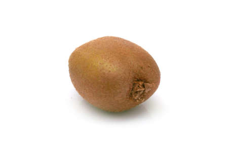 kiwi fruta: kiwi kiwi fruta con sombra sobre fondo blanco