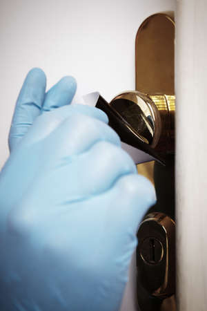 Criminology - collecting of dactyloscopy evidence after housebreaking