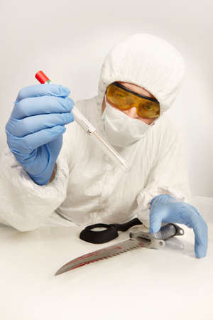 Collecting of DNA evidence from suspected knife from place of crime