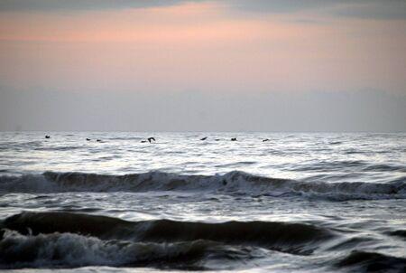 breaking: Breaking waves