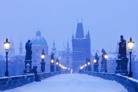 charles bridge: czech republic prague - charles bridge in winter morning