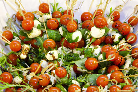 ap�ritif - salade tomate � la mozzarella photo