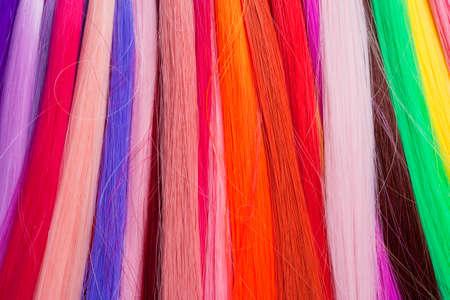 cabello rojo: Pelo artificial utilizado para la producci�n de Pelucas y Extensiones