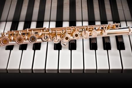 boehm flute: Flauta en un Piano14 K Rose Gold
