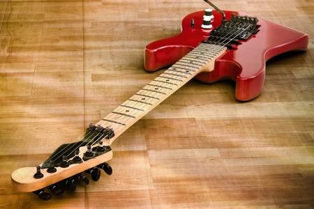 fender stratocaster: Red Old Guitar