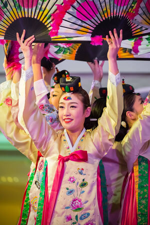 BANGKOK, THAILAND - AUGUST 29: Tamu in Bangkok, Thailand on August 29, 2014. Tamu comprises six sets of imperial court dance which performed to Korean Emperor in the past Redakční