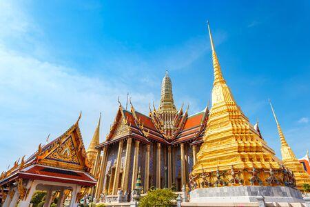 thai temple: Wat Phra Kaew - the Temple of Emerald Buddha in Bangkok, Thailand