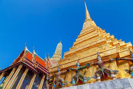 thai buddha: Wat Phra Kaew - the Temple of Emerald Buddha in Bangkok, Thailand