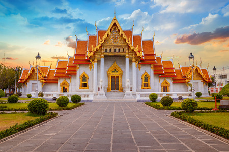 temple: The Marble Temple, Wat Benchamabopit Dusitvanaram in Bangkok, Thailand