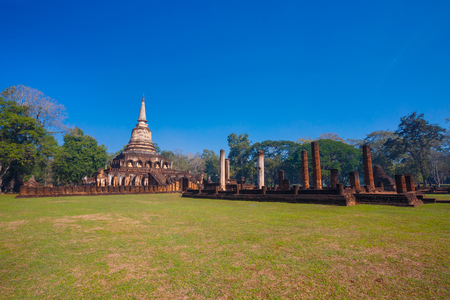 ayuthaya: Wat Chang Lom Temple at Si Satchanalai Historical Park, a UNESCO world heritage site in Sukhothai, Thailand