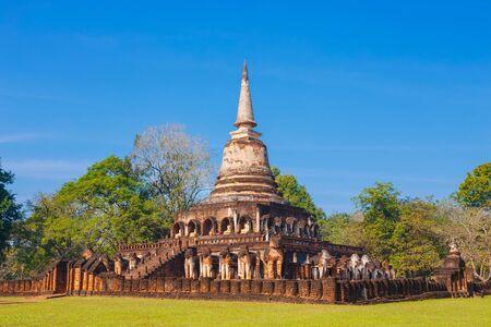 Wat Chang Lom Temple at Si Satchanalai Historical Park,  in Sukhothai, Thailand Stock Photo