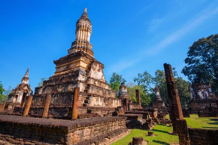 Wat Chedi Jet Thaew in the precinct of Si Satchanalai Historical Park