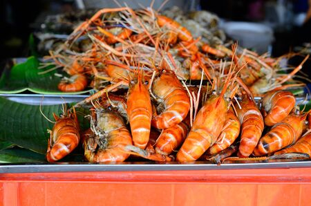 rosenbergii: fried Giant river Prawn (Macrobrachium rosenbergii) at Thailand market