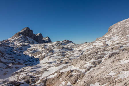 Hribarce mountain plateau covered in snow with clear sky Imagens