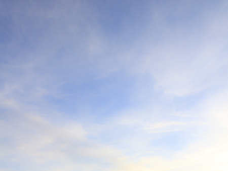 Background design, blue sky and wispy white clouds 스톡 콘텐츠
