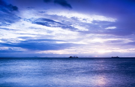 Sunset in the sea with blue color Stock Photo - 7600958