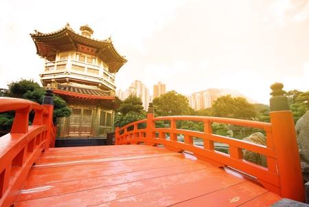 far east: El pabellón de la perfección absoluta en el jardín de Lian Nan, Hong Kong.  Foto de archivo