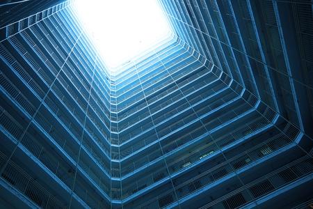 Square Gebäude in blau Ton, machen Science-Fiction-Gefühl