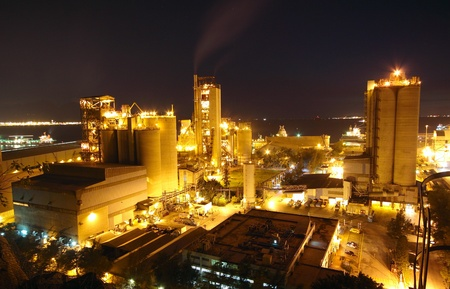 industrial site: Cement Plant at night Stock Photo