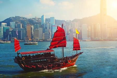 홍콩 빅토리아 하버 중국 범선 스톡 콘텐츠