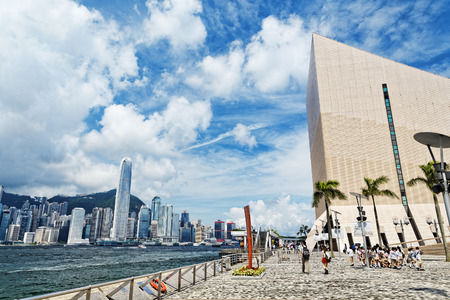 promenade: Hong Kong harbour at day , Tsim Sha Tsui Waterfront Promenade