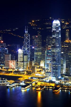 홍콩 도시의 스카이 라인 밤