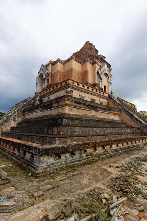 chedi luang temple in chiang mai photo
