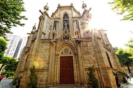 sacre coeur: Cathédrale Shishi Sacré-C?ur à Guangzhou en Chine à jour