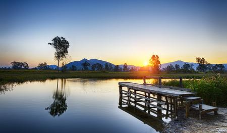 Serene Sunrise over fishing Jetty , hong kong Nam Sang Wai Standard-Bild
