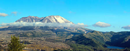 helens: view of mount st helens with castle lake
