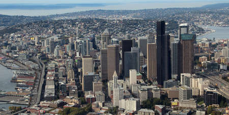 Aerial view of downtown Seattle Stock Photo - 24040135