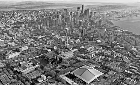 Aerial view of downtown Seattle Stock Photo - 24200000