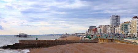 beach front: Brighton beach front