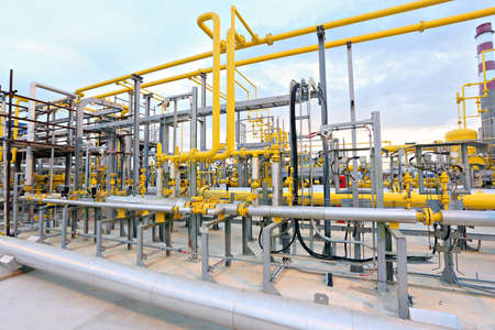 instrumentation: HDR Gas valves, pipes and instrumentation