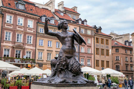 Warsaw, Poland, June 20, 2015: View of Warsaw old town and the Warsaw Mermaid Sajtókép