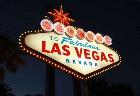 Welcome To Las Vegas neon sign at night Stock Photo
