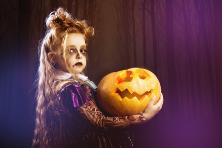 Girl halloween pumpkin witch costume